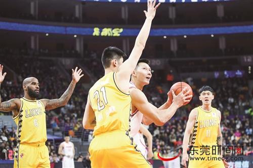 CBA常规赛第15轮宏远男篮主场112:97击败浙江广厦