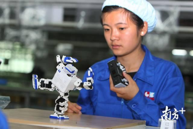 东莞制造业将深化与香港服务业合作,携手打造湾区最佳组合