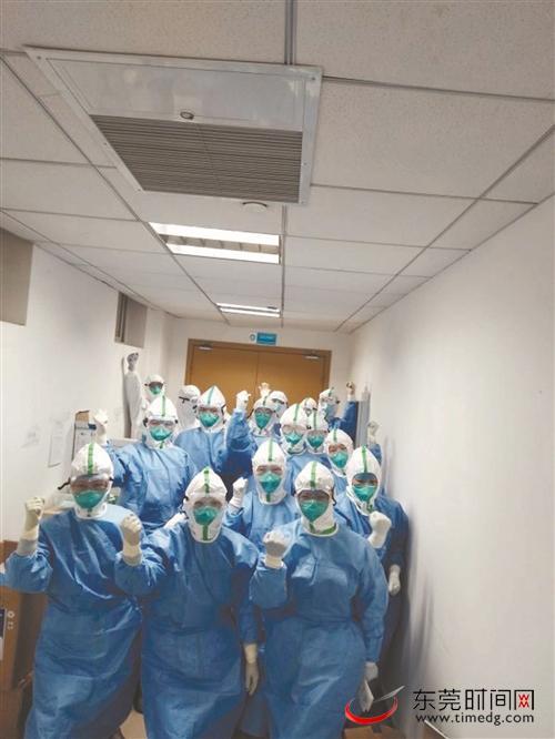 市支援湖北疫情防控医疗队进驻汉口医院第三天