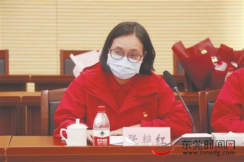 """大朗医院7名医护人员在荆州披""""荆""""斩""""疾""""的故事"""