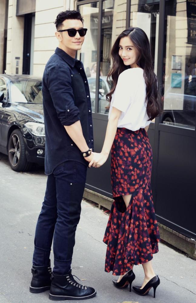 杨颖否认插足传闻 黄晓明两次发文护妻:Baby不是小三,有事冲我来